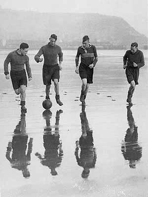Faszination Fußball - Photographien aus der Frühzeit des Spiels 1900 bis 1940