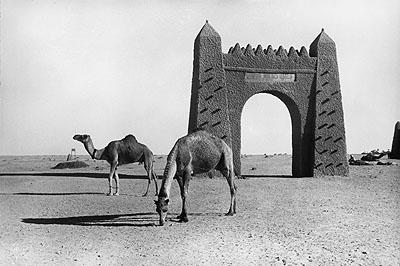 Das Tor zur Wüste, Adrar, Algerien, 1936 The gateway to the desert, Adrar, Algeria, 1936©Paul Almasy / akg-images