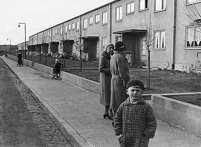 Ella Bergmann-Michel, Römerstadt Burgfeldstraße, Foto-Studie für einen dokumentarischen Film FRANKFURTER SIEDLUNGEN, 1929-32, Museum Folkwang Essen © Sünke Michel