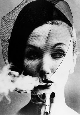 William Klein, Smoke + Veil, Paris (Vogue), 1958, Gelatin silver print (Courtesy Howard Greenberg Gallery, New York)