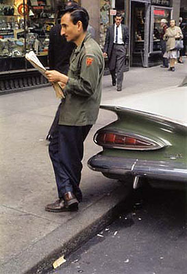 Helen Levitt Untitled, New York (man leaning on car reading paper), 1959