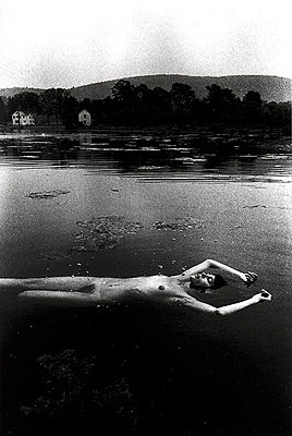 Floating Nude - 1969 - THE SOMNAMBULIST