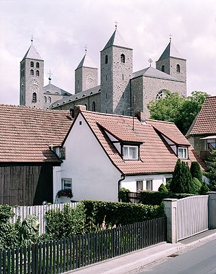 Klosterabtei Münsterschwarzach Münsterschwarzach bei Würzburg, 2003 Größter Sakralbau der Nationalsozialisten