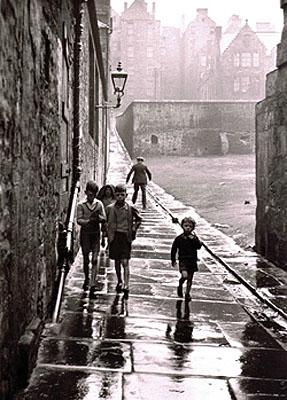 Gisele Freund Rue de Newcastle 1970