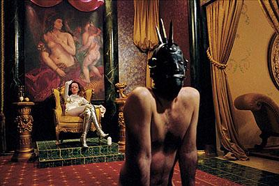 Susan Meiselas, Pandora's Box, 1995. © Magnum Photos