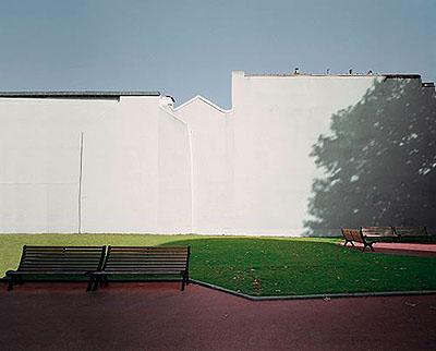 Puteaux, France, novembre 2003. Trompe-l'œil series.Lambda print. 101 x 120,6 cm.