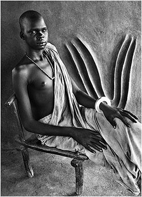 Dinka in traditional house, Southern Sudan, 2006© Sebastião Salgado/Amazonas/NB Pictures