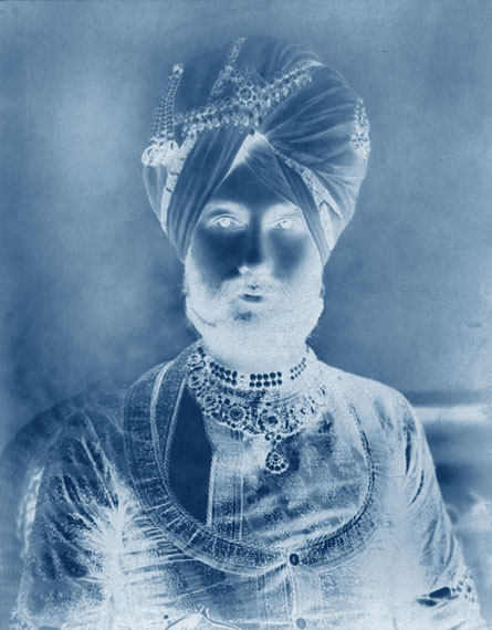 THOMAS RUFF