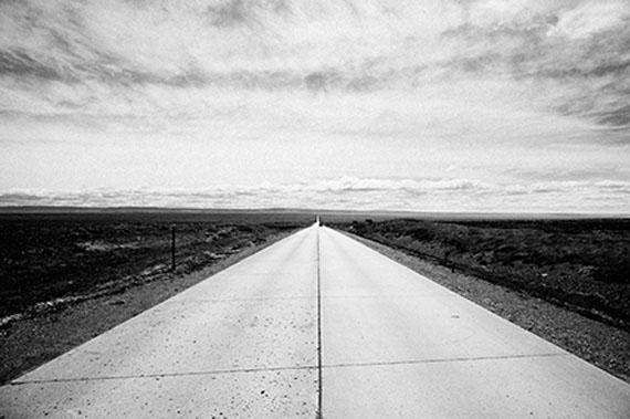 Kadir van Lohuizen: The Pan-American Highway in Tierra del Fuego, Chile © Kadir van Lohuizen | NOOR