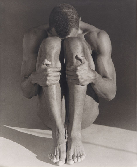 Robert Mapplethorpe, Thomas, 1987. Posthumous platinum print, printed 2001. 58.4 x 48.3 cm.