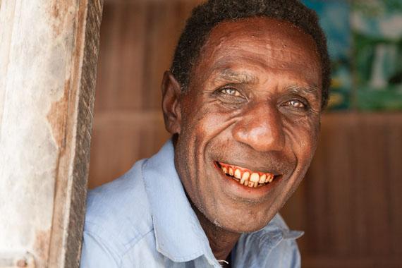 Hans-Jürgen Raabe: Series 990 faces - Face 299, Papua-Neuguinea, 2013