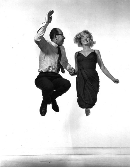Philippe Halsman: Philippe Halsman and Marilyn Monroe jumping © Halsman Archive / Magnum Photos