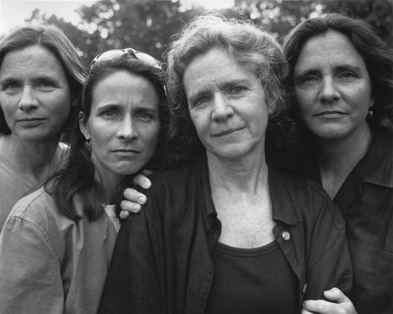 Nicholas Nixon: The Brown Sisters, 1999Sammlung Hoppenstedt© Nicholas Nixon, courtesy Fraenkel Gallery, San Francisco