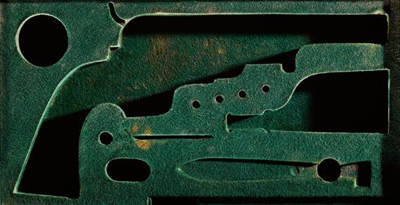 Sinje Dillenkofer: CASE 22, 43,5 × 82,5 cmPerkussions-Revolver System Colt, Mitte 19. Jh. (Historische Sammlungen Tiroler Landesmuseen)© Sinje Dillenkofer 2015