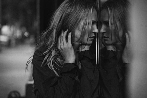 Uma Thurman, Vogue Italy, Downtown, Los Angeles, USA, 2011 © Peter Lindbergh