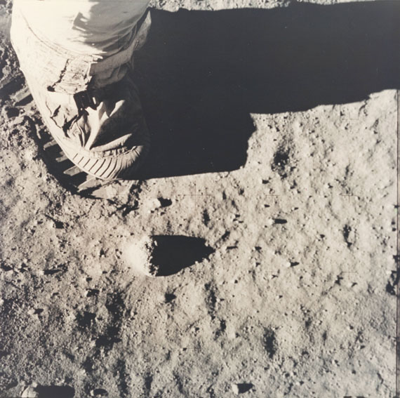 """NASA / Neil A. ArmstrongApollo 11 Mission : Edwin E. (Buzz) Aldrin, Jr's boot print on the lunar surface, July 20th, 1969Vintage color print on lightly resin-coated Kodak paper.""""A Kodak Paper"""" watermark on versoImage : 19,3 x 19,3 cm, Sheet : 20,2 x 20,2 cm"""