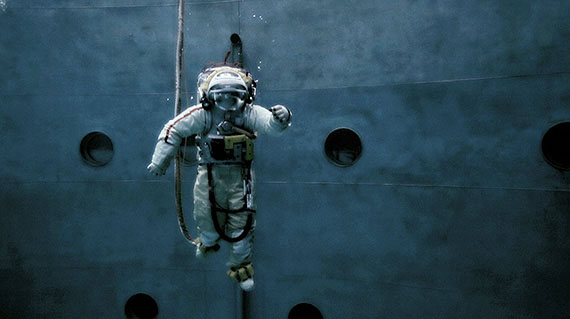 "videostill from ""spacewalk"" (2013), HD video, 3.31 min, Ed. 6"