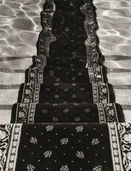 Chema Madoz, Sans titre, 2012Tirage argentique, 162 x 125 cm, édition de 7© Chema Madoz, Courtesy Galerie Esther Woerdehoff