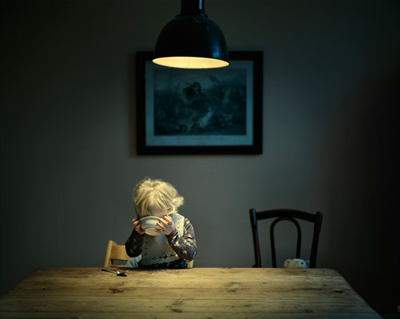 "Joakim Eskildsen: ""Dinner"", aus der Serie ""Home Works"", 2010"