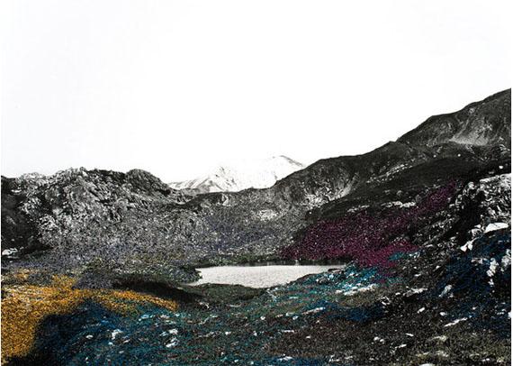 Iris Hutegger: LS-Nr. 000, 2015, 33 x 55 cmGelatin silver print, intervention by stitching, Unique