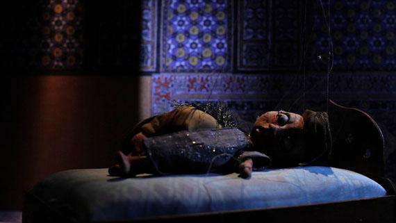 Wael Shawky, Cabaret Crusades: The Path to Cairo, 2012. HD video, color, sound, 58 min., film still
