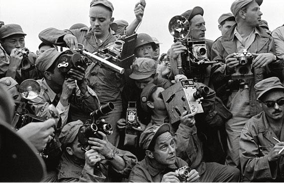 International Press photographers covering the Korean War. Kaesong, South Korea, 1952© Werner Bischof / Magnum Photos