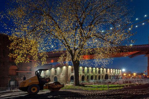 Brooklyn Bridge Park Construction, Brooklyn, New York © Lynn Saville