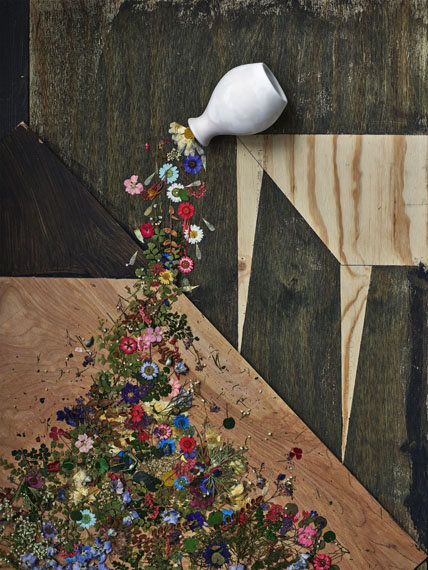 Flowers for Lisa #30, 2016©Abelardo Morell/Courtesy of Edwynn Houk Gallery, New York