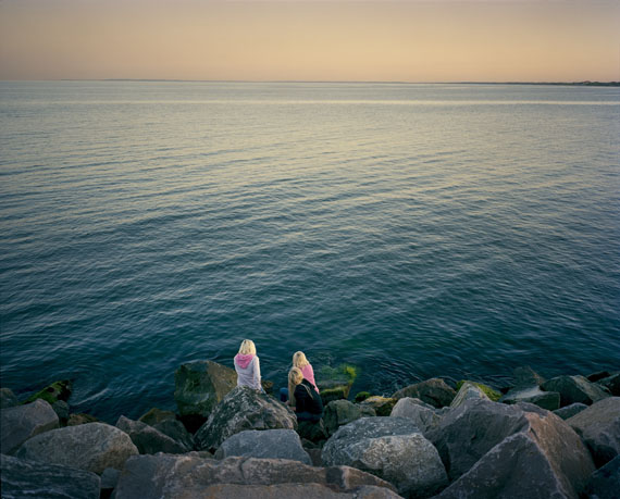 Joakim Eskildsen: Skagen VI, 2008, 55 x 65 cm, Courtesy the Artist