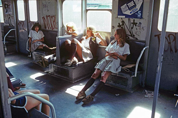 Willy Spiller, New York Subway 1981, Schoolgirls on the A Train to Far Rockaway, Queens, 1982© Willy Spiller, Courtesy BILDHALLE Zurich