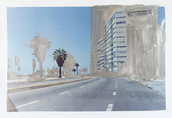 Peter Klare: Playa Pocitos, 2016, 125 x 181,5 cm, silver pigmented gouache on hand printed photograph