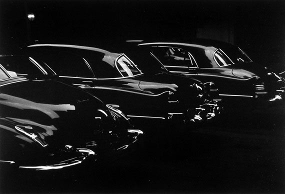 Louis Faurer, Garage, Park Avenue, New York, 1950courtesy of Howard Greenberg Gallery, NY