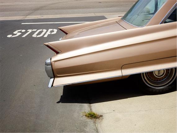 Josef Hoflehner : Tail Fin, Manhattan Beach, California 2014 – 110 x 150 cm – Edition 2/9