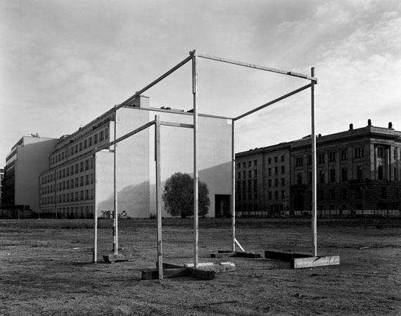 Taiyo Onorato & Nico Krebs: Potsdamer I, aus der Serie Building Berlin, 2010