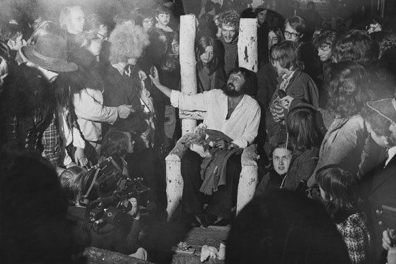 Balthasar Burkhard: untitled (Harald Szeemann, the last day of documenta 5), Kassel 1972 © Estate Balthasar Burkhard