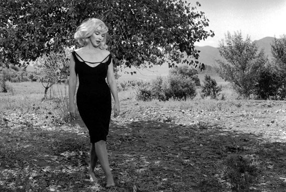 "Inge Morath − Marilyn Monroe, on the set of ""The Misfits"" in Reno, Nevada, USA, 1960