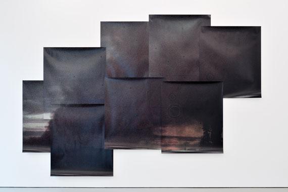 Tatiana LecomteAuflösung, 2010C-Prints, 8-teilig, je 145 x 126 cmGesamtmaße: 3,26 x 4,85 mInstallation Camera Austria, Graz 2011Foto: Steffen Strassnig