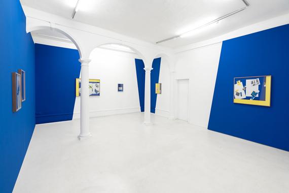 "Samuel Henne: ""hand to hand"", gerahmte Fine Art Prints, Wandeinbauten, Wandfarbe Installationsansicht ""Samuel Henne - shifts & tilts"", Kunstverein Göttingen, 2019"