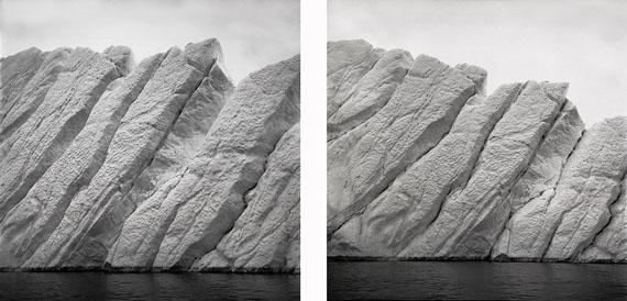 """Lynn Davis, """"ICEBERG XXXVII e XXXVIII, DISKO BAY, GREENLAND"""", 2016© Lynn Davis, Courtesy Studio la Città - Verona"""