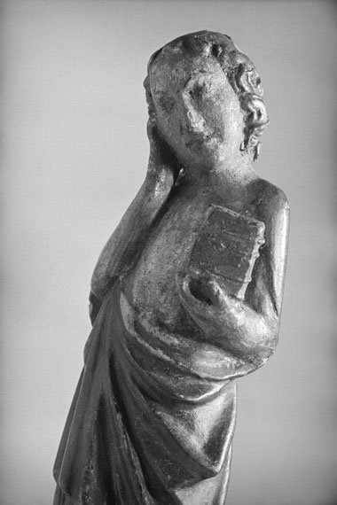 Johannes aus einer Kreuzigungsgruppe, Nürnberg, um 1360fotografiert von Alfred Tritschler 1948Museum Schnütgen, Köln © Dr. Paul Wolff & Tritschler, Historisches Bildarchiv, Offenburg