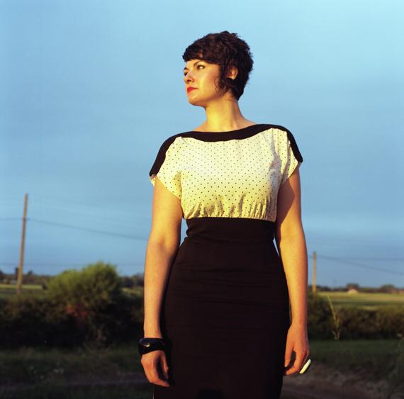 Florence Chevallier, extrait de la série Toucher Terre, 2010, collection de l'artiste