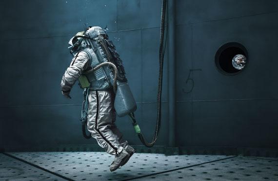 "Michael Najjar""liquid gravity"", 2013182 x 280 cm"