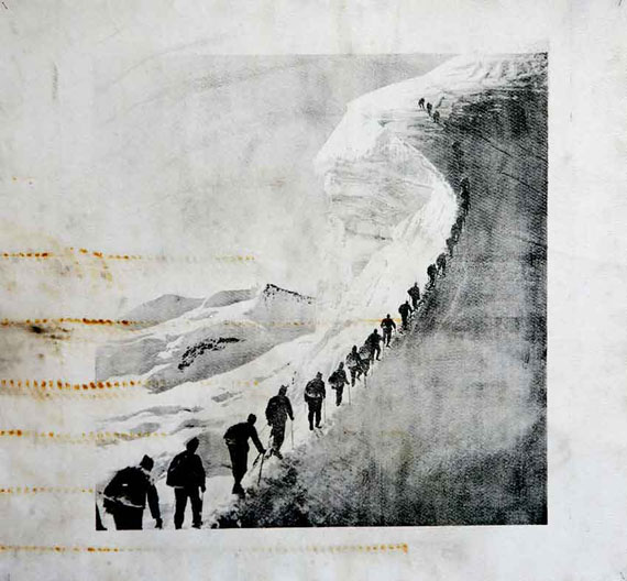 Douglas Mandry | Piz Palü, aus der Serie «Monuments», 2019 | Lithographie auf gebrauchtem Gletschertuch (Geotextile) | 128 x 152 cm | Unikat