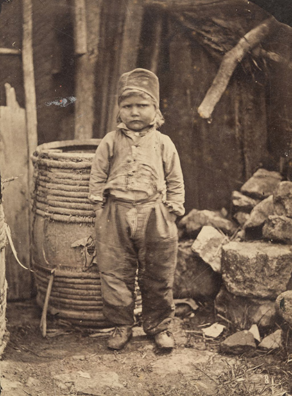 Constant Alexandre Famin (1827-1888)Porträt eines Bauernjungen, 1859, Salzpapier© Archiv der Universität der Künste, Berlin