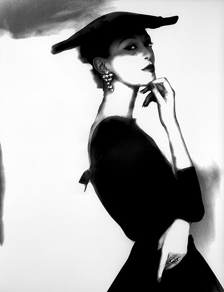 Lillian Bassman Barbara Mullen, New York, ca. 1958, neu interpretiert 1994. Platinotypie 65,5 x 51 cm © Lillian Bassman