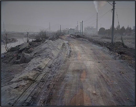 Road to the River Pier(2011-2012) Archival Pigment Print on Fine Art PaperSize I: 90cm x 110cm – Edition of 3Size II: 152cm x 191.2cm – Edition of 1