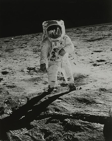 NASA, Apollo 11, Astronaut Edwin Aldrin. (69-H-1255)1969, United StatesVintage silver print, Excellent24,1 X 19,2 cmSet of 3 photos showing the evolution of this iconic photo throughout time.