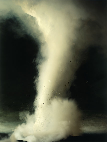 Sonja Braas: The quiet of dissolution, Tornado, 2005