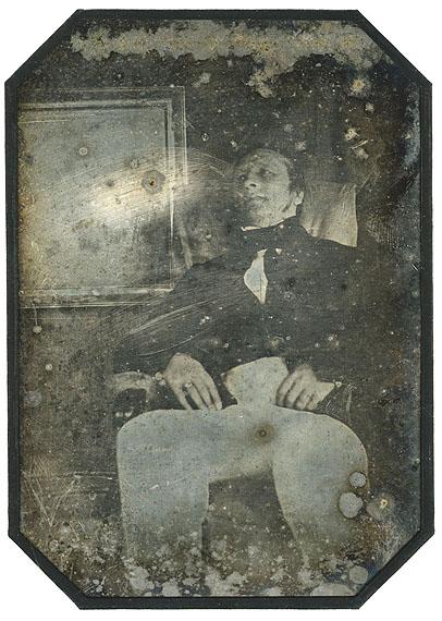 Cover : lot 14 :Hippolyte Bayard (1801-1887)AutoportraitParis, juillet 1841