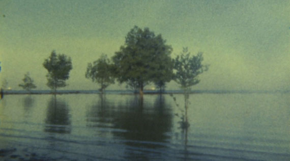 Simryn Gill, Untitled, 2004. Still from Super8 film. Courtesy of the artist.